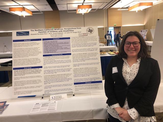 Sarah Fishback with poster presentation